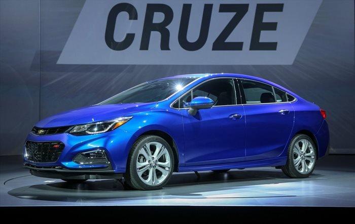 So sánh xe Toyota Vios Chevrolet Cruze 31