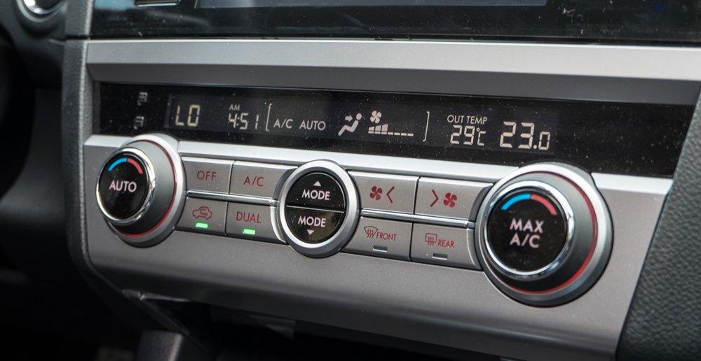 Đánh giá xe Subaru Outback 2016 có điều hòa tự động 2 vùng.