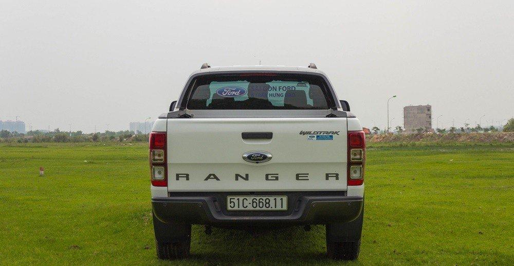 Đánh giá xe Ford Ranger 2016 có đuôi xe giữ nguyên so với bản tiền nhiệm