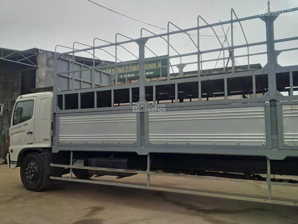 Ô tô chở xe máy, xe tải Hino chở xe máy, xe tải chở xe máy 2 tầng-1