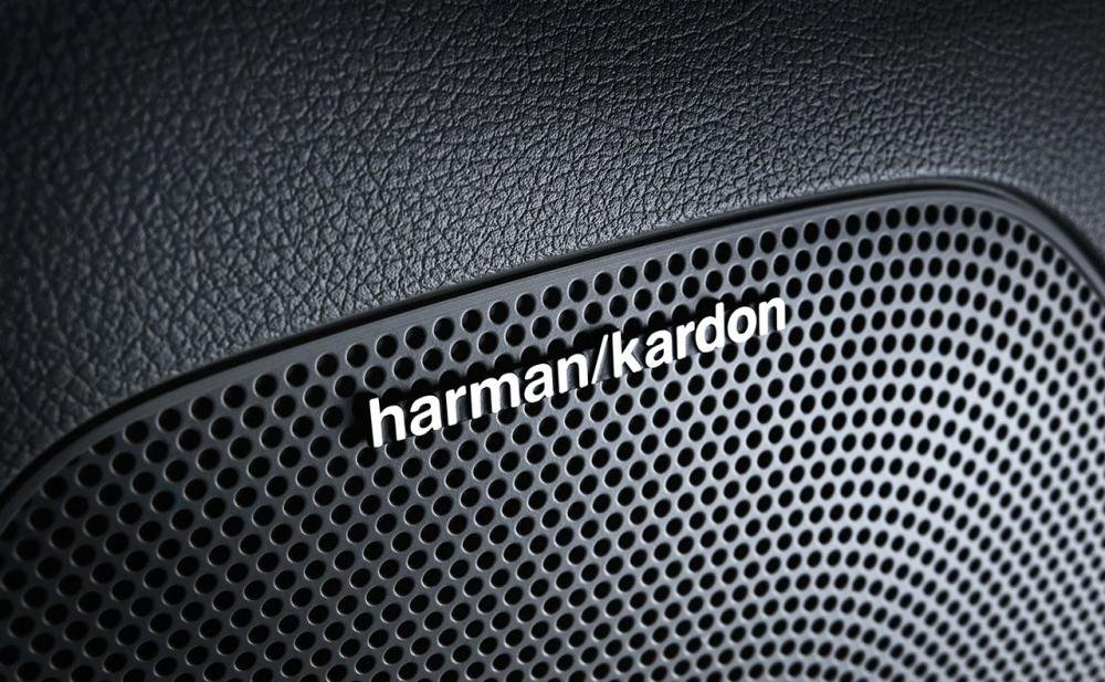Đánh giá xe Kia Sportage 2017 được trang bị loa Harman Kardon nổi tiếng.