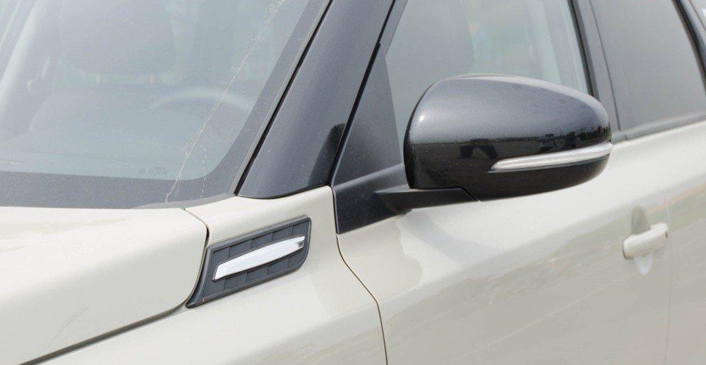 Đánh giá xe Suzuki Vitara 2015: gương chiếu hậu gập/chỉnh điện.