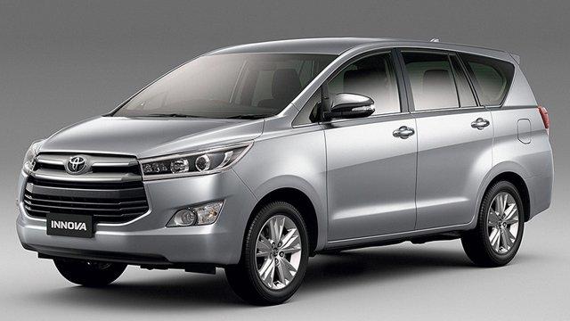 So sánh xe Toyota Innova và Kia Sorento - Khi xe gia đình đụng xe cá nhân.