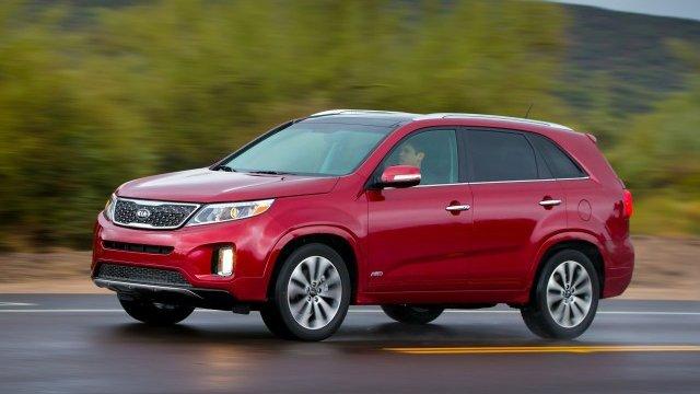 So sánh xe Toyota Innova và Kia Sorento - Khi xe gia đình đụng xe cá nhân 7