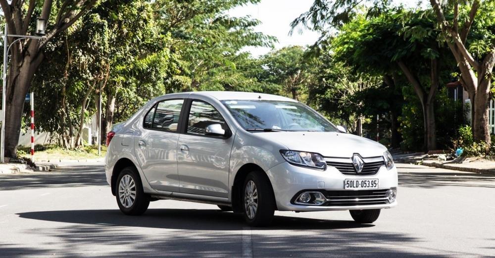 Đánh giá xe Renault Logan 2015 có kiểu dáng đơn giản, thực dụng.