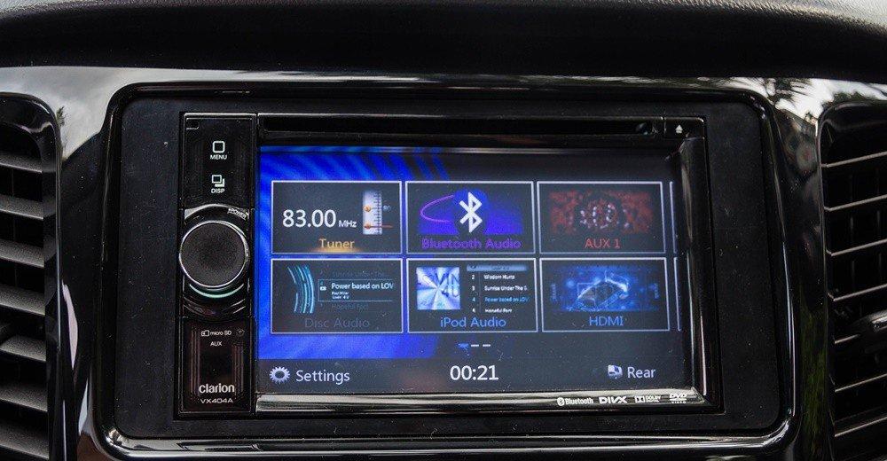 Đánh giá xe Mitsubishi Triton 2016 có màn hình cảm ứng 6.1 inch đa tính năng.