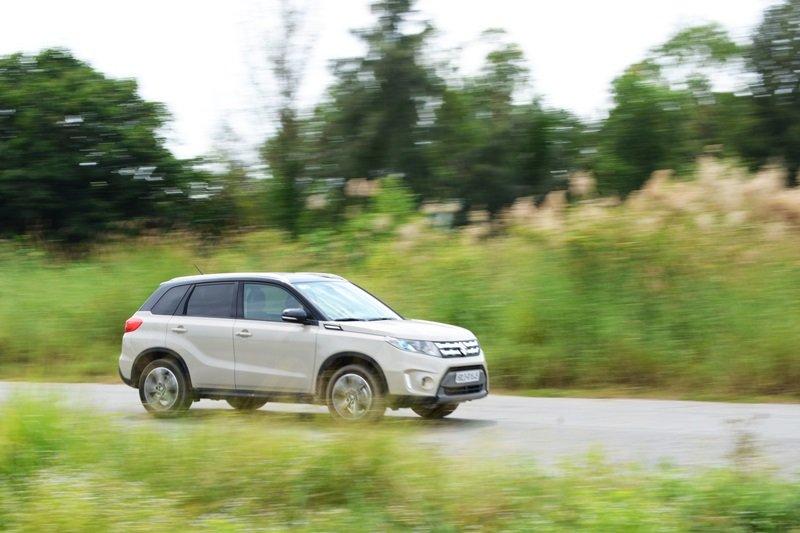 Các chuyên gia đánh giá xe Suzuki Vitara 2015 đều nhận định đây là mẫu CUV khá tiết kiệm nhiên liệu.