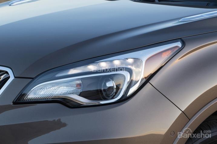 Đánh giá xe Buick Envision 2016: Đèn pha tích hợp LED.