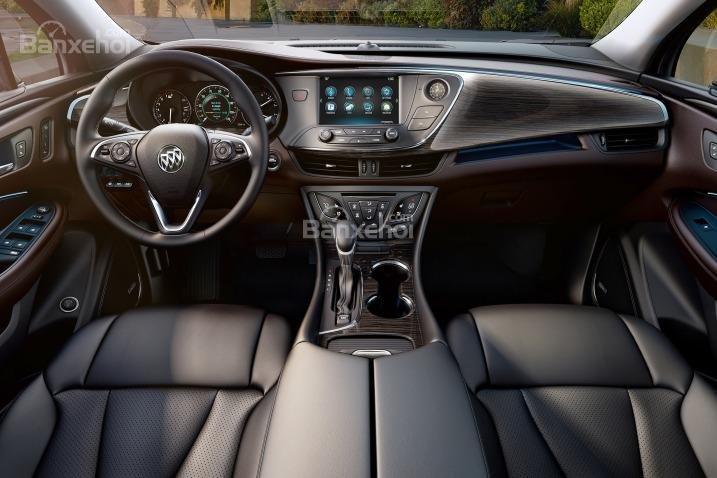 Đánh giá xe Buick Envision 2016: Chất liệu nội thất khá đẹp mắt.