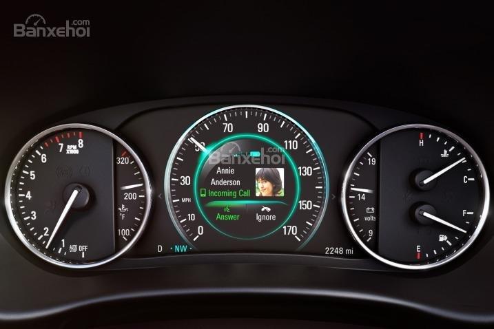 Đánh giá xe Buick Envision 2016: Cụm đồng hồ trên xe.