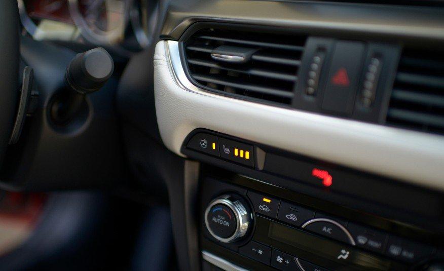 Đánh giá xe Mazda 6 2017 có điều hòa tự động 2 vùng.