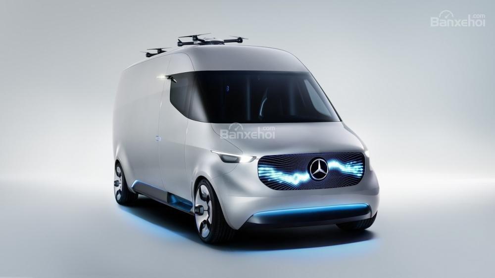Vén màn Mercedes Vision Van concept với công nghệ chở hàng tiên tiến.