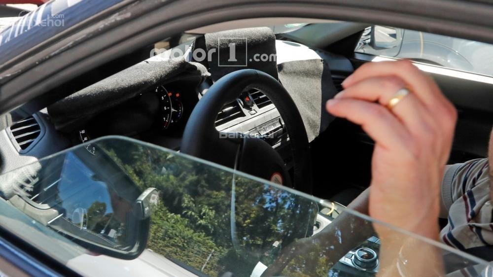 Toyota Supra mới lần đầu lộ diện trên đường thử 3