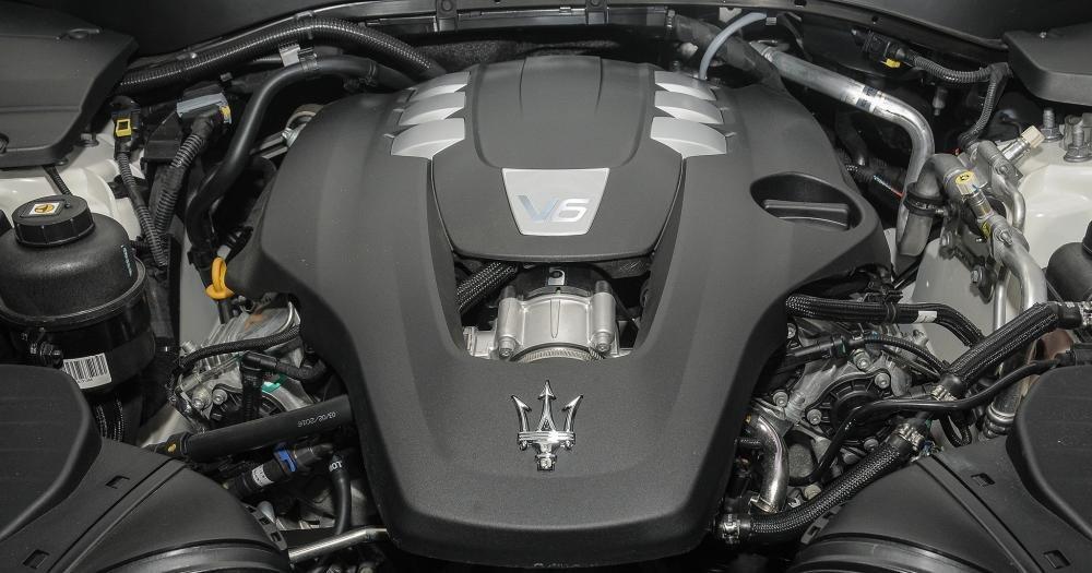 Đánh giá xe Maserati Levante 2017 có động cơ V6 Biturbo 3.0L choh công suất tối đa 350 mã lực.