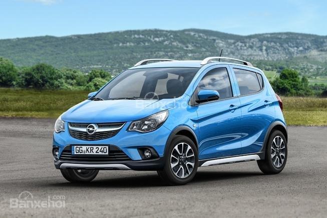 Vén màn Opel Karl Rocks trước ngày ra mắt.