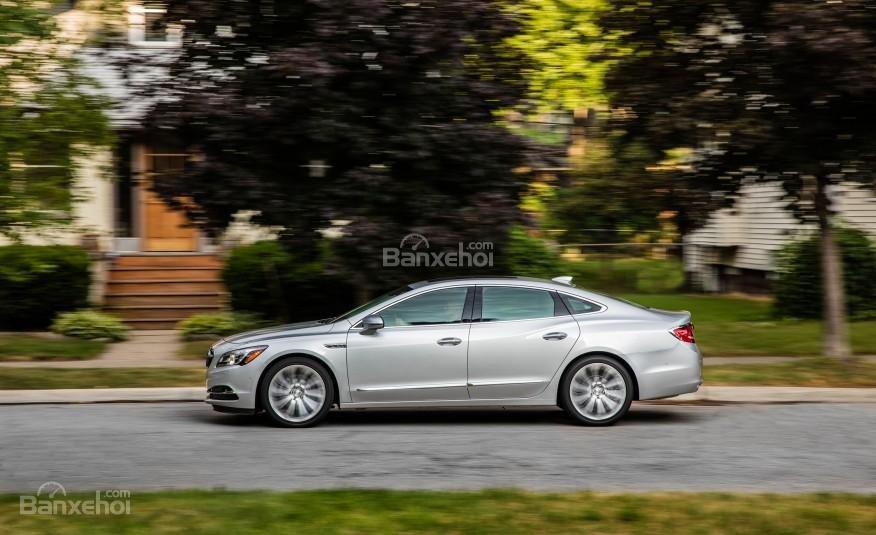 Đánh giá xe Buick LaCrosse 2017: Thân xe.