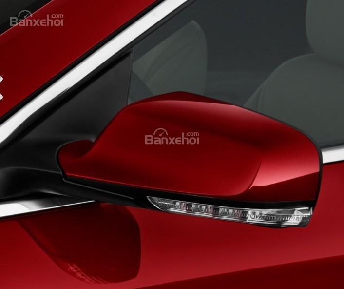 Đánh giá xe Buick LaCrosse 2017: Gương chiếu hậu tích hợp đèn báo rẽ.