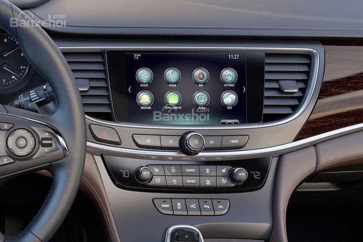 Đánh giá xe Buick LaCrosse 2017: Bảng điều khiển.