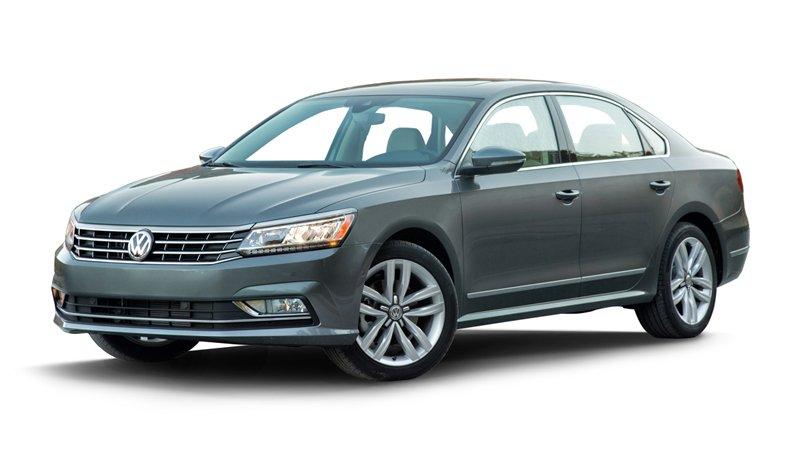 So sánh xe Volkswagen Passat và Renault Latitude - Ngang sức ngang tài.