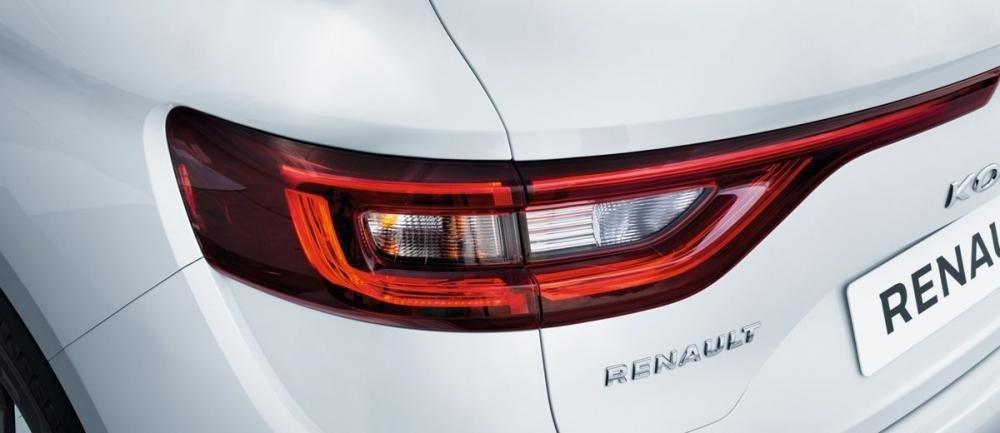 Đánh giá xe Renault Koleos 2017 có đèn hậu LED được vuốt dài.