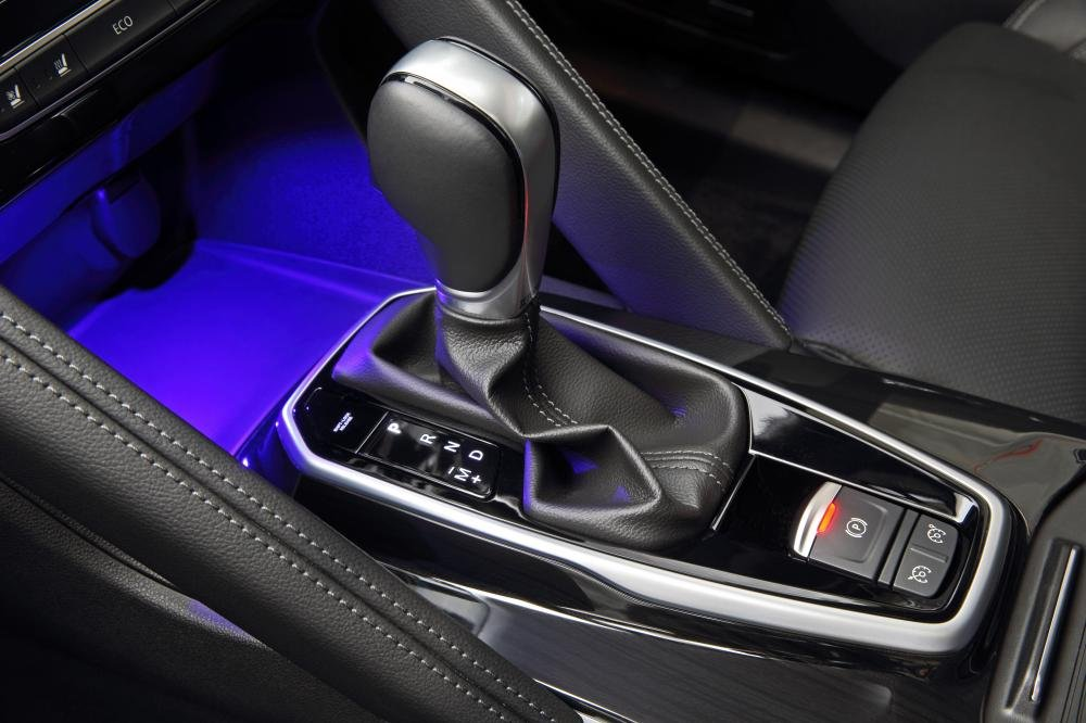 Đánh giá xe Renault Koleos 2017 có động cơ 2.5 lít, hộp số vô cấp CVT.