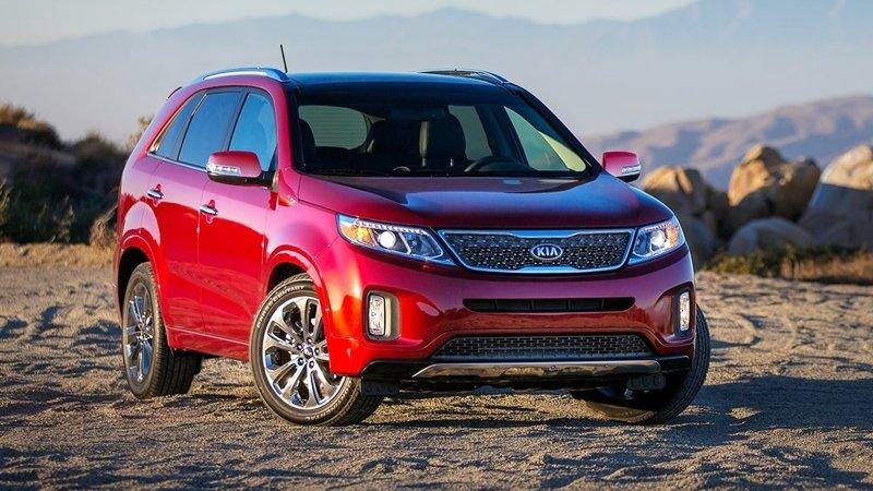 So sánh xe Chevrolet Captiva Revv và Isuzu MU-X - Tân binh và phế vương.