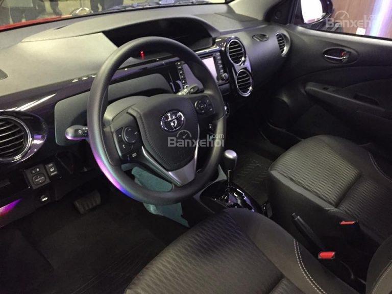 """Toyota Etios phiên bản đặc biệt đã sẵn sàng """"lên sàn"""" ở Brazil 1"""