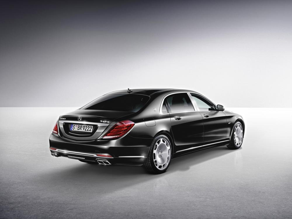 Mercedes-Maybach S550 4Matic ra mắt, giá từ 166.200 USD tại Mỹ a2