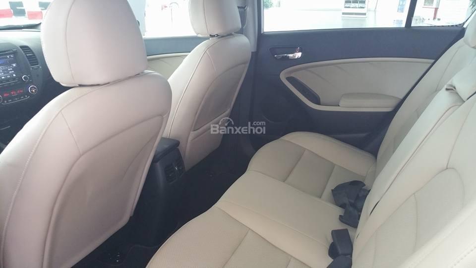 Bán xe Kia Cerato 2.0 chính hãng, 2018 trả góp giá chỉ từ 200 triệu tại Kia Hải Phòng - LH 0936657234-3