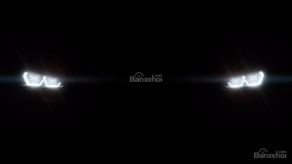 BMW X2 tung ảnh nhá hàng trước lúc ra mắt.