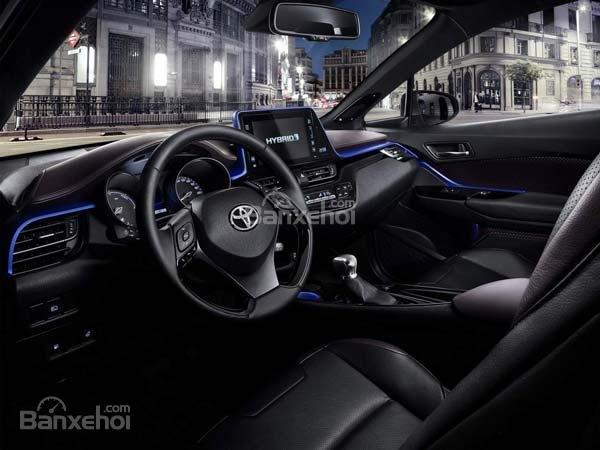 Toyota C-HR 2017 công bố thông số kỹ thuật dành cho thị trường Nhật Bản 3