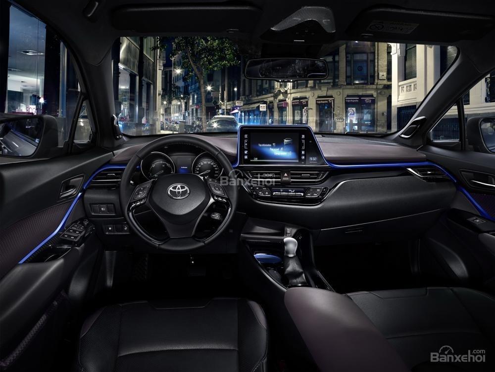 Doanh số xe hybrid của Toyota và Lexus tăng 45% tại châu Âu 4