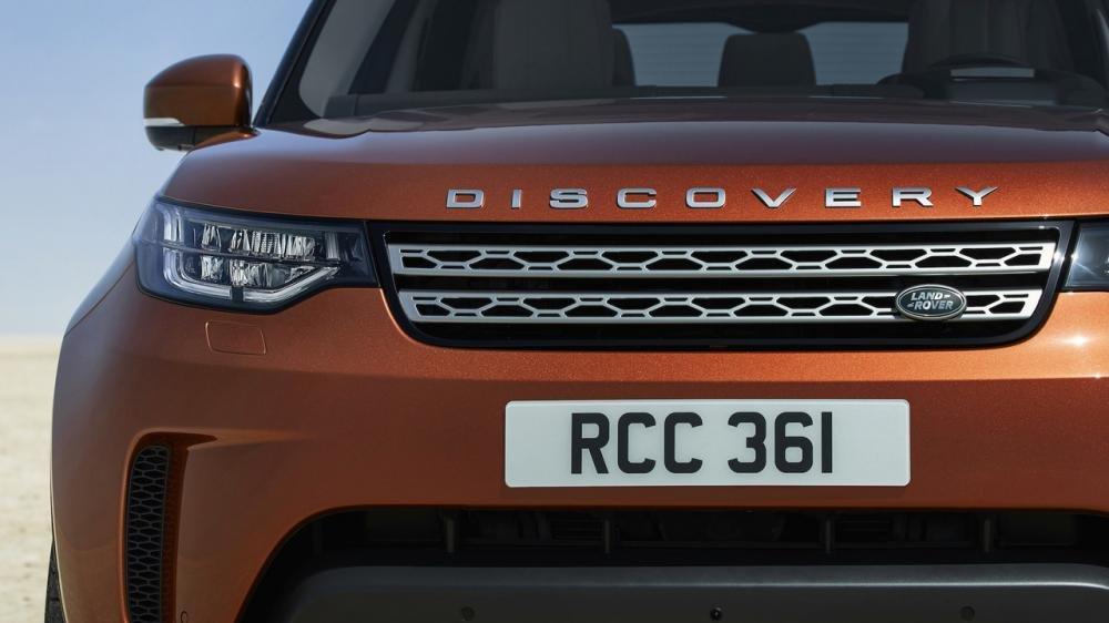 Xem màn ra mắt vô cùng ấn tượng của Land Rover Discovery 2017 tại Paris a14