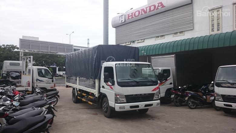 Bán Mitsubishi Canter 5 tấn đời 2017, màu trắng thùng bạt, thùng kín giao ngay (2)