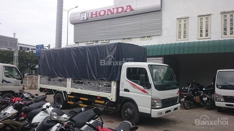 Bán Mitsubishi Canter 5 tấn đời 2017, màu trắng thùng bạt, thùng kín giao ngay (3)