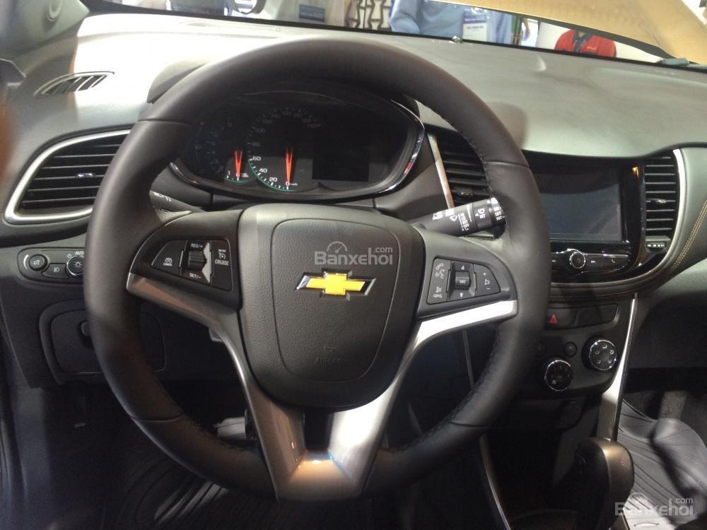 Ford EcoSport gặp vấn đề với không gian ghế sau còn Chevrolet Trax lại bị chê thiếu cân đối 6