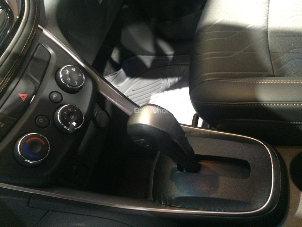 Chevrolet Trax mạnh mẽ hơn hẳn Ford EcoSport với động cơ tăng áp 1.4 lít ECOTEC, công suất 140 mã lực, mô-men xoắn cực đại 200Nm tại 1.850 vòng/phút.