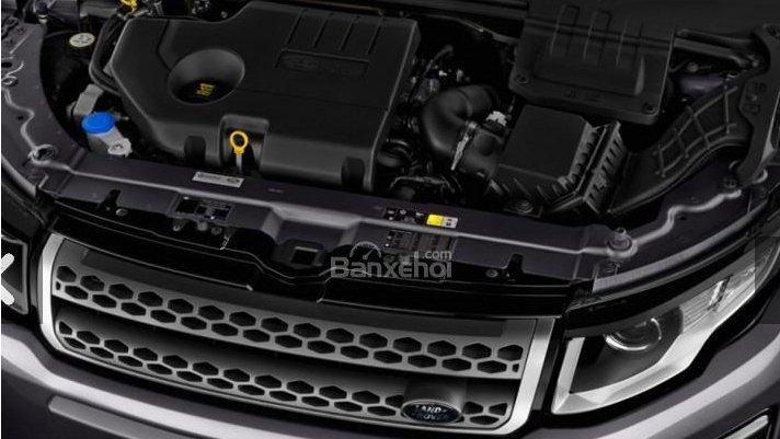 Porsche Macan sở hữu khả năng vận hành bốc và đỉnh cao còn Range Rover Evoque lại tiết kiệm và đủ dùng 2