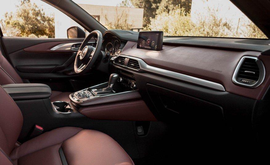 Đánh giá xe Mazda CX-9 2016: Các nút bấm trên bảng tablo đều được thiết kế đơn giản, gọn gàng.