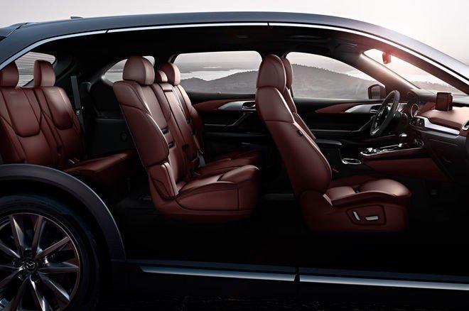 Đánh giá xe Mazda CX-9 2016: Các ghế ngồi đều được thiết kế lại và bọc da màu beige lịch lãm.