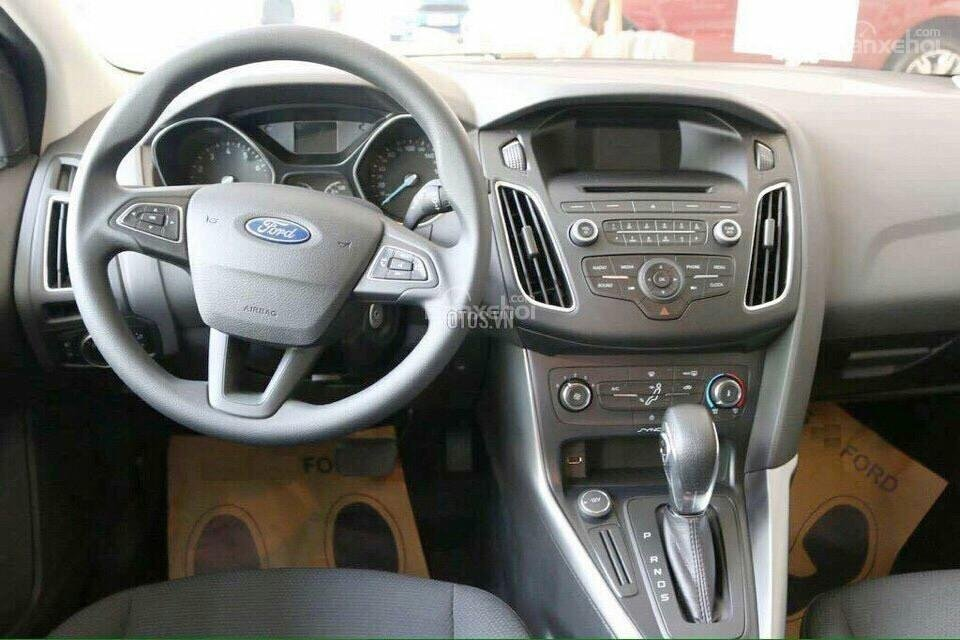 Bán Ford Focus Trend - Giá tốt, giao xe ngay-1
