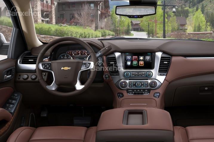 Đánh giá xe Chevrolet Suburban 2017: Nội thất xe thuộc hàng ngoại cỡ.