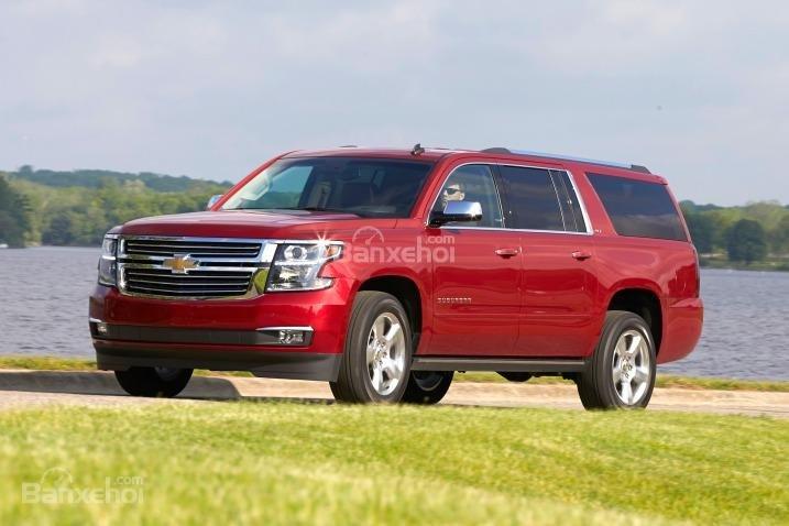 Đánh giá xe Chevrolet Suburban 2017: Mẫu SUV khó bị đánh bại.