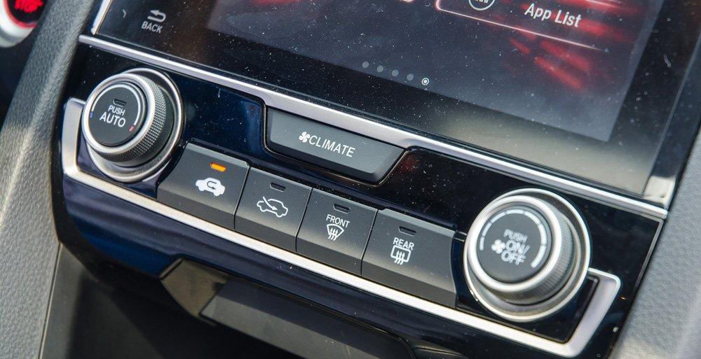 Đánh giá xe Honda Civic 2017 có điều hòa tự động.