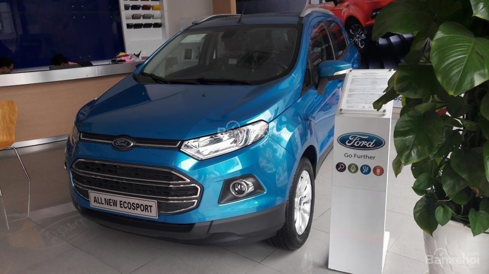 Cần bán xe Ford EcoSport Titanium đời 2017, màu xanh-3