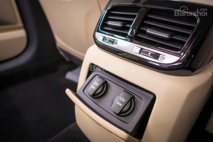 Đánh giá xe Genesis G90 2017 về trang bị nghe nhìn a6