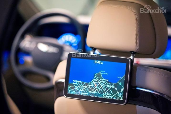 Đánh giá xe Genesis G90 2017 về trang bị nghe nhìn a3