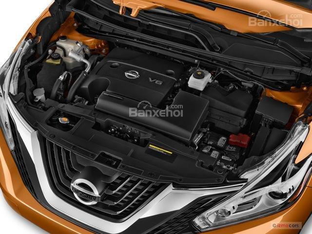 Nissan Murano 2017 sở hữu động cơ V6 công suất 260 mã lực và mô-men xoắn 325Nm.