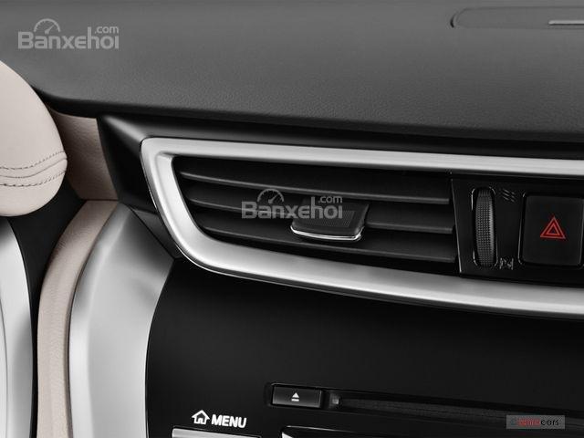 Đánh giá xe Nissan Murano 2017: Bảng điều khiển trung tâm a4