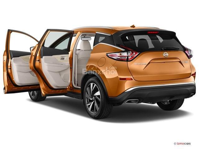 Đánh giá xe Nissan Murano 2017: Cửa xe với thiết kế chắc chắn A1